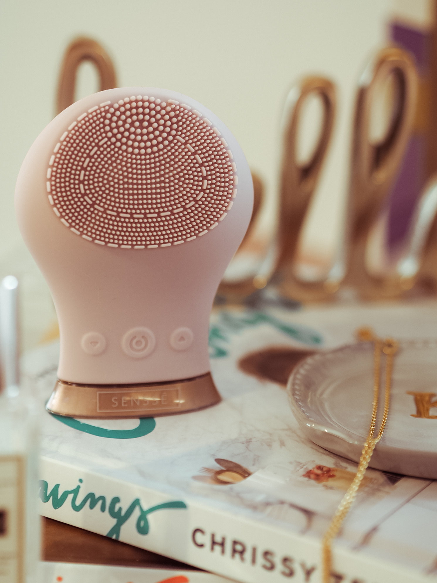 Sensse Facial Cleansing Brush - LemonaidLies Gift guide