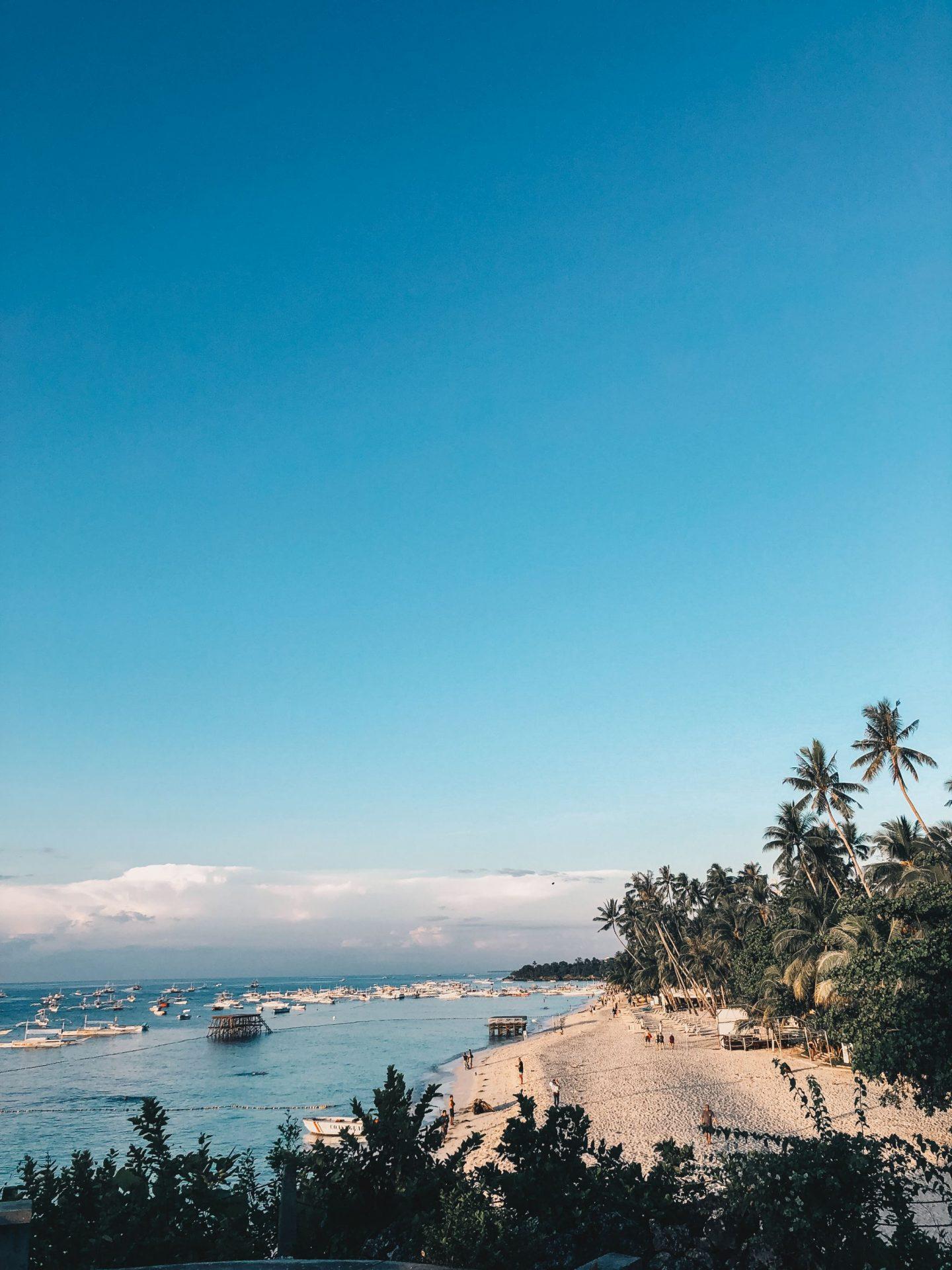 alona_beach_lemonaidlies