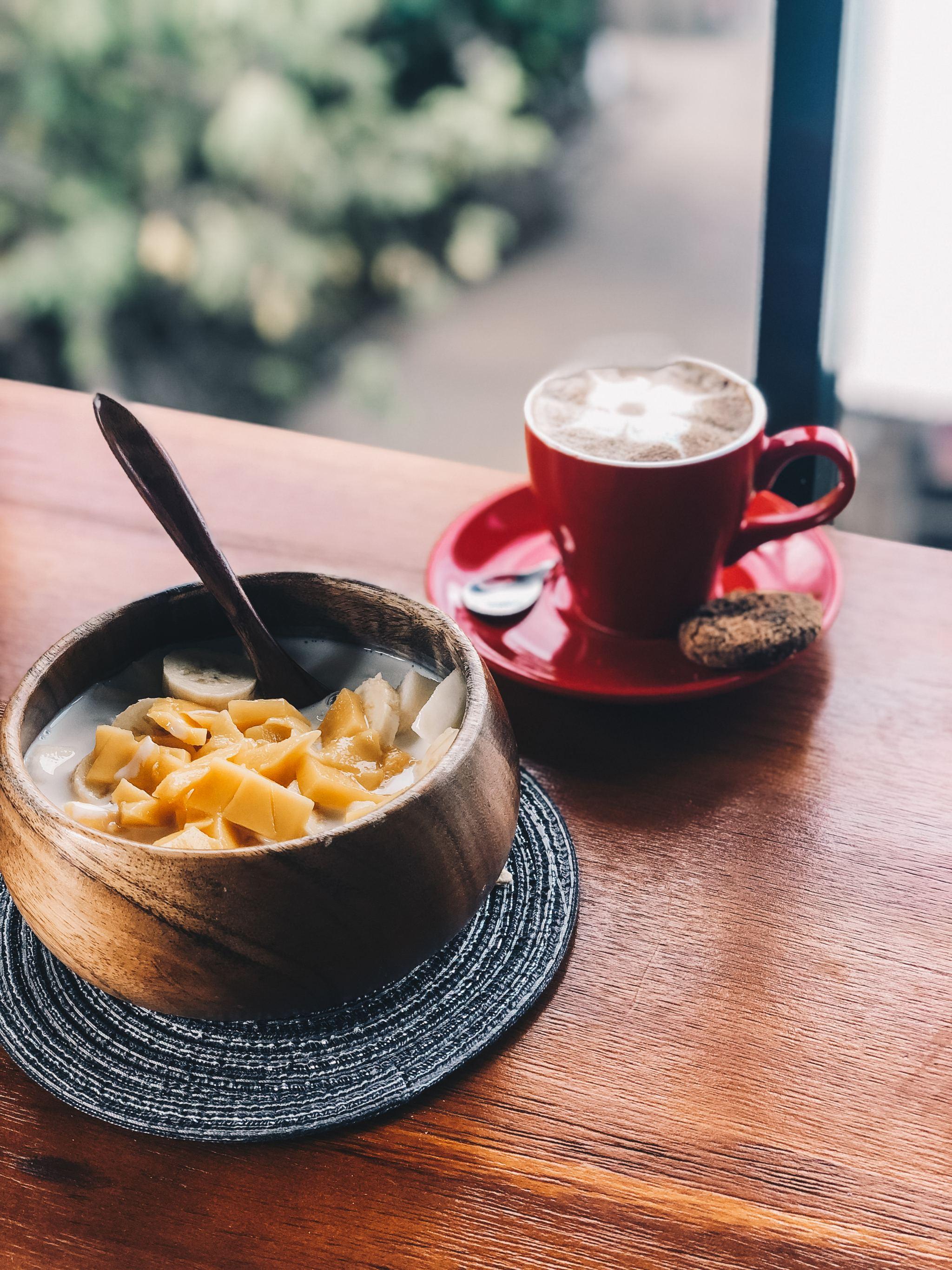 Breakfast_in_Coron_LemonaidLies