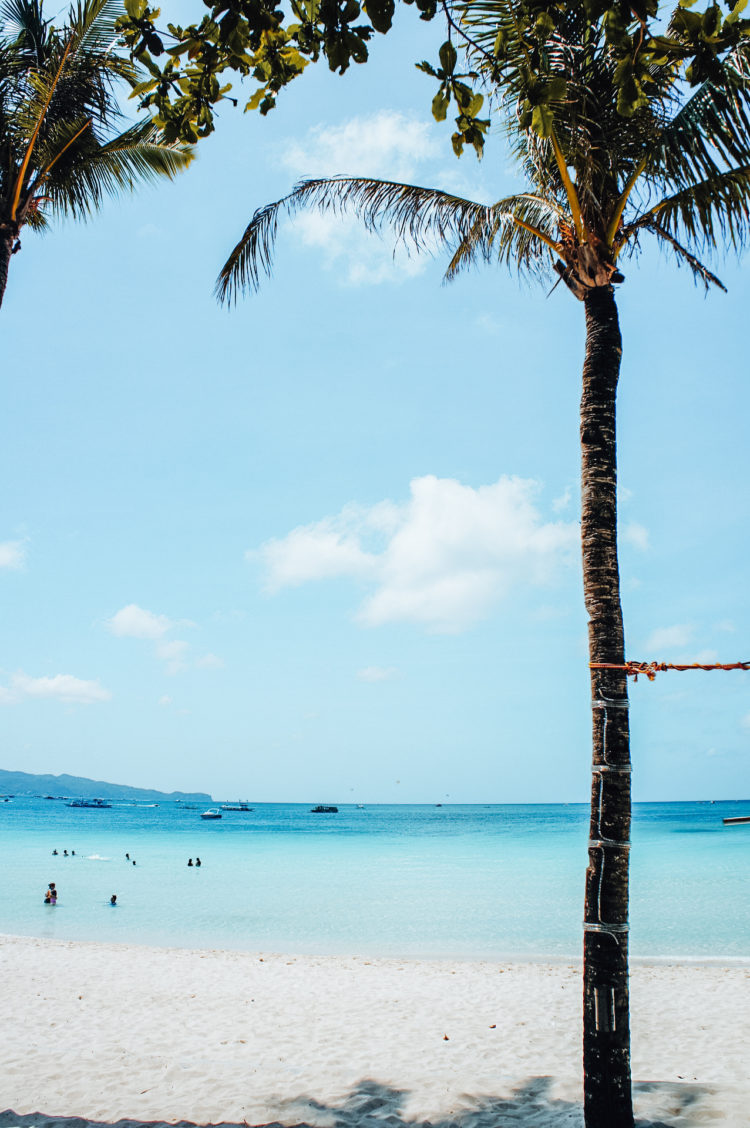 lemonaidlies_boracay_beach