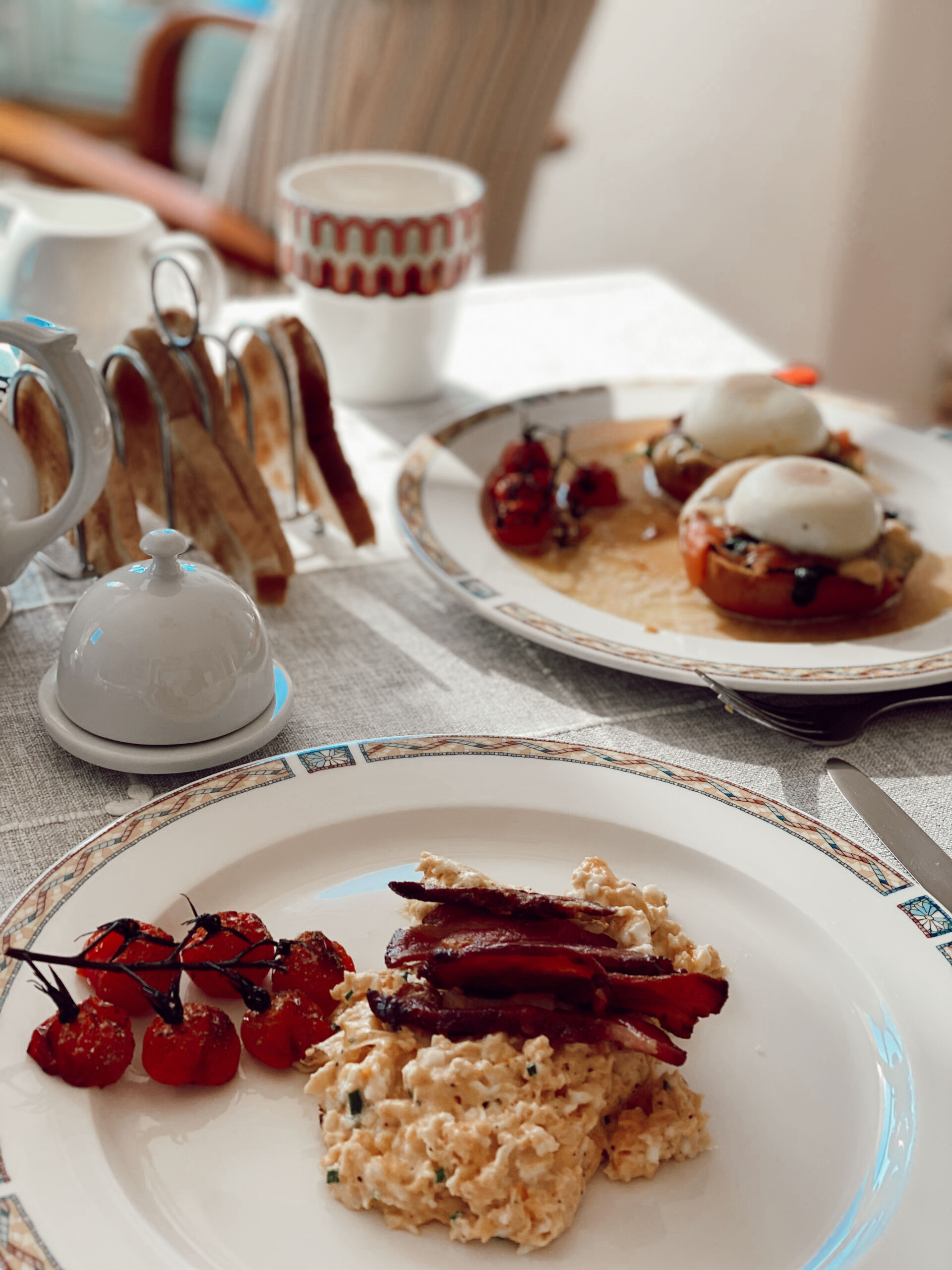 breakfast_at_beacon_house_devon